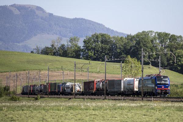 """SBB Cargo International, BR 193 529 """"Neckar"""", Oberrüti (08.05.2020) ©pannerrail.com"""