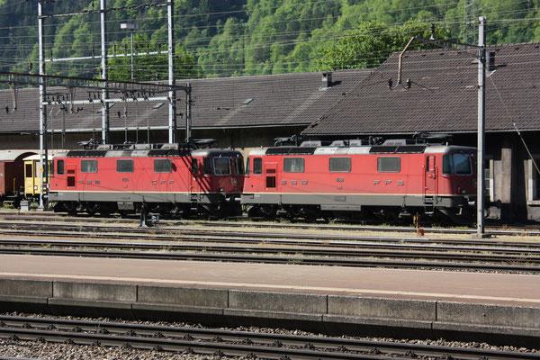 Re 4/4, 11166, Erstfeld (07.05.2011) ©pannerrail.com