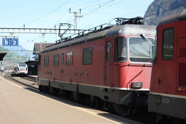 """Re 6/6 11643 """"Laufen"""", Erstfeld (07.05.2011) ©pannerrail.com"""