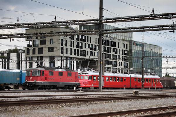 Re 4/4, 11157, Rotkreuz (20.09.2013) ©pannerrail.com