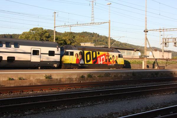 """Re 460 053-2 """"Login"""", Killwangen, 30.08.2011  (©pannerrail.com)"""