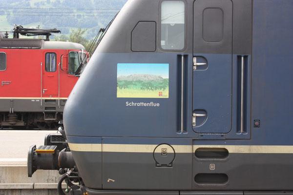 "BLS Re 465 017-2, ""Schrattenflue"", Sargans (14.09.2010) ©pannerrail.com"