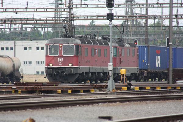 """Re 6/6 11623 """"Rupperswil"""", Rotkreuz (15.06.2010) ©pannerrail.com"""