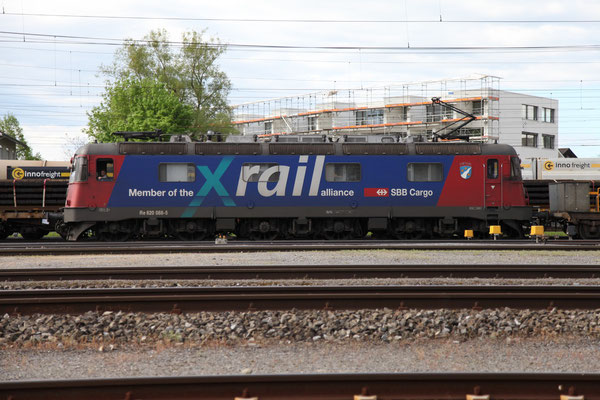 """Re 6/6 11688 """"Linthal"""", Rotkreuz (02.05.2012) ©pannerrail.com"""