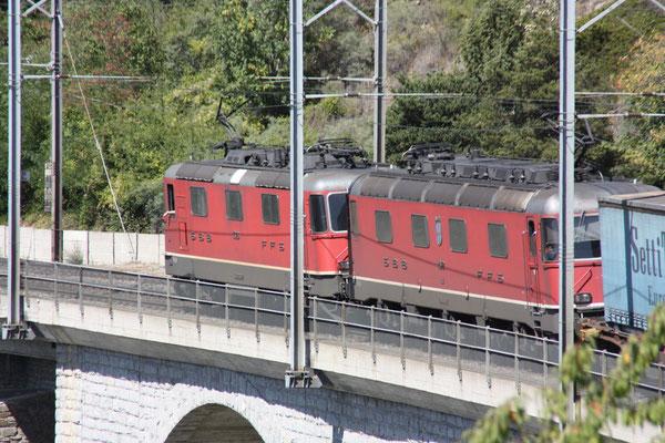 """Re 6/6 11672 """"Balerna"""", Luogelkin-Viadukt (31.08.2011) ©pannerrail.com"""