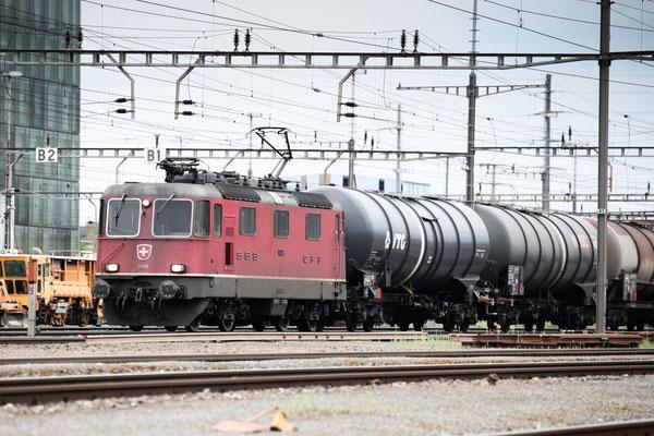 Re 4/4, 11308, Rotkreuz (08.08.2013) ©pannerrail.com