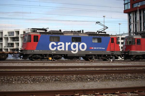 Re 4/4, 11385 (421 385-6 Cargo), Rotkreuz (15.10.2013) ©pannerrail.com