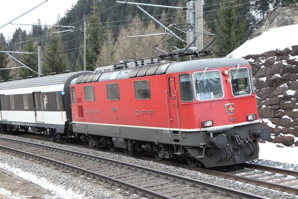 Re 4/4, 11126, Airolo (28.02.2013) ©pannerrail.com