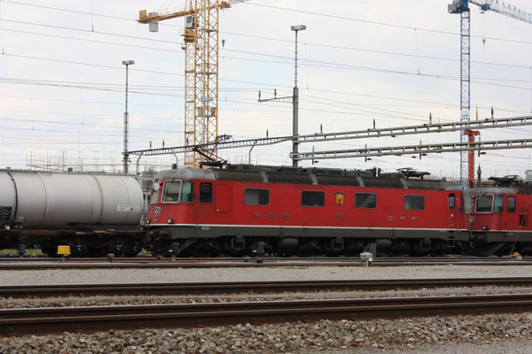 "Re 6/6 11628 ""Konolfingen"", Rotkreuz (10.06.2011) ©pannerrail.com"