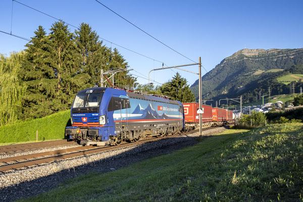 """SBB Cargo International, BR 193 520 """"Diviera"""", Immensee (19.07.2020) ©pannerrail.com"""