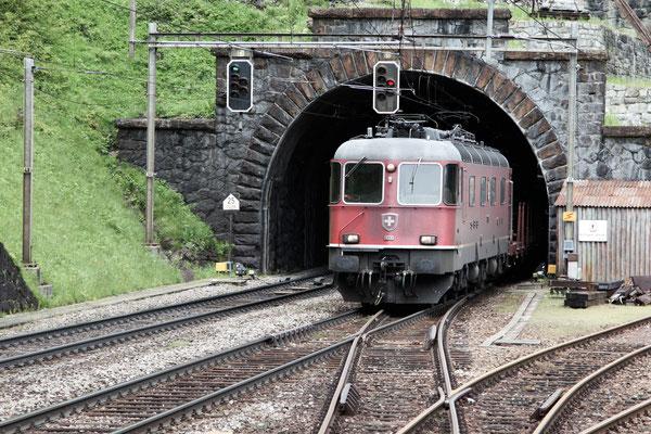 "Re 6/6 11609 ""Uzwil"", Wassen (26.05.2013) ©pannerrail.com"