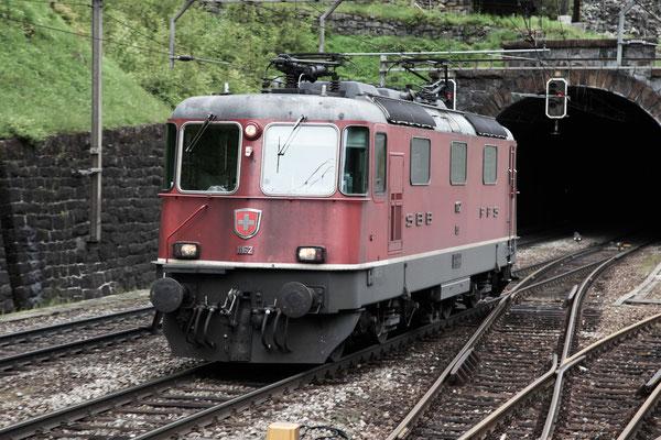 Re 4/4, 11162, Wassen (24.05.2013) ©pannerrail.com