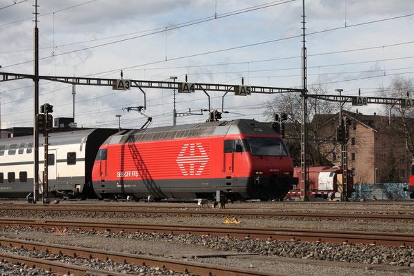"Re 460 013-6 ""Nord Vaudois"", Rotkreuz, 22.02.2014 (©pannerrail.com)"