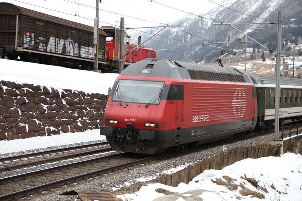 """Re 460 017-7 """"Les Diablerets"""" , Airolo, 28.02.2013 (©pannerrail.com)"""