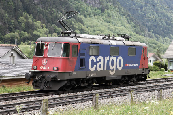 Re 4/4, 11165 (420 165-3 Cargo), Silenen (24.05.2013) ©pannerrail.com