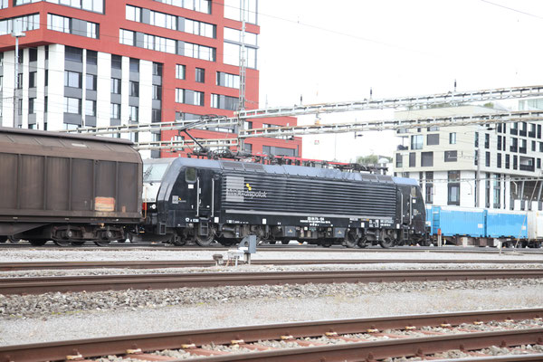MRCE Dispolok BR 189 ES 64 F4-104, Rotkreuz (20.09.2013) ©pannerrail.com