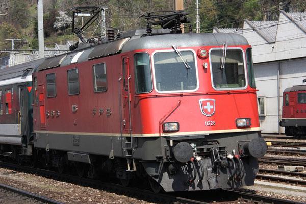 Re 4/4, 11228, Bellinzona (19.04.2010) ©pannerrail.com