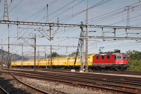 Re 4/4, 11183, Killwangen (06.09.2013) ©pannerrail.com