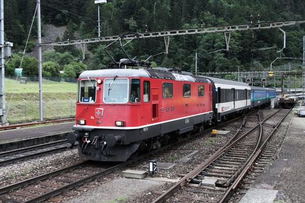 Re 4/4, 11151, Amsteg-Silenen (03.08.2013) ©pannerrail.com