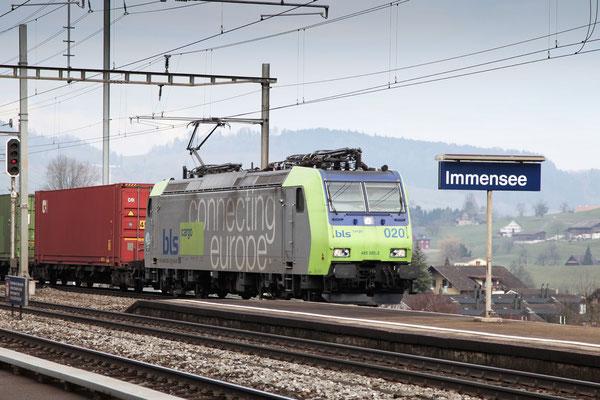 BLS Re 485 020-2, Immensee (09.03.2013) ©pannerrail.com