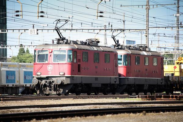 Re 4/4, 11258, Rotkreuz (12.07.2013) ©pannerrail.com