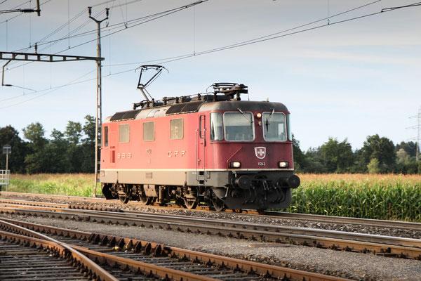 Re 4/4, 11242, Oberrüti (13.08.2013) ©pannerrail.com