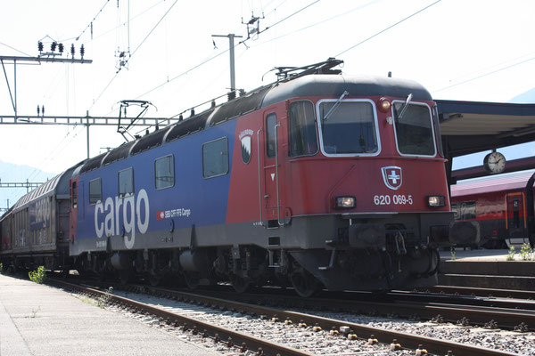 "Re 6/6 11669 (Re 620) ""Hägendorf"", Landquart (17.08.2011) ©pannerrail.com"