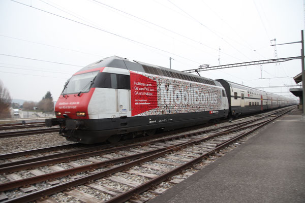 "Re 460 031-8 ""MobilBonus"", Gwatt, 05.04.2013 (©pannerrail.com)"
