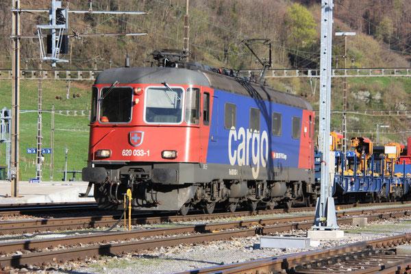 """Re 6/6 11633 """"Muri AG"""", Ziegelbrücke (06.04.2011) ©pannerrail.com"""