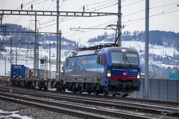 """SBB Cargo International, BR 193 520 """"Diviera"""", Immensee (17.02.2021) ©pannerrail.com"""
