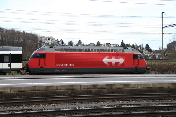 Re 460 015-1, Killwangen, 28.12.2012 (©pannerrail.com)