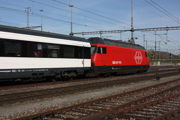 "Re 460 066-2 ""Ägerisee"", Killwangen, 06.04.2011 (©pannerrail.com)"