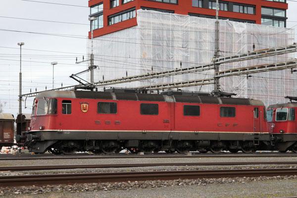 "Re 6/6 11601 ""Wolhusen"", Rotkreuz (28.12.2012) ©pannerrail.com"