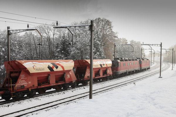 """Re 6/6 11605 """"Uster"""", Mühlau (22.11.2013) ©pannerrail.com"""