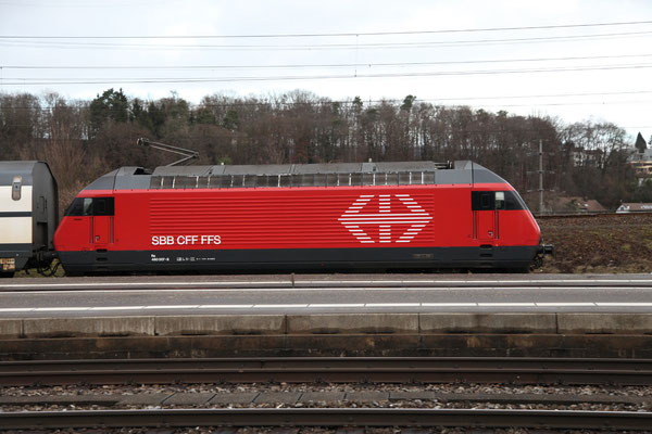 "Re 460 007-8 ""Junior"", Killwangen, 28.12.2012 (©pannerrail.com)"