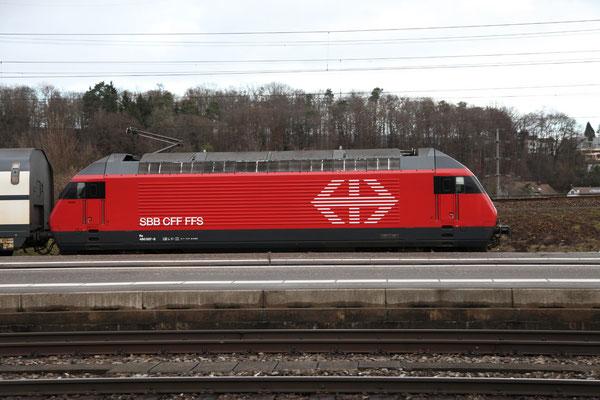 """Re 460 007-8 """"Junior"""", Killwangen, 28.12.2012 (©pannerrail.com)"""