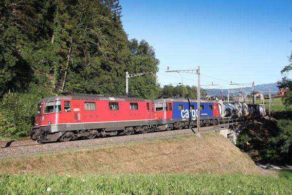 Re 4/4, 11342, Rotkreuz (03.09.2013) ©pannerrail.com