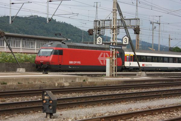 Re 460 015-1, Killwangen, 06.04.2011 (©pannerrail.com)