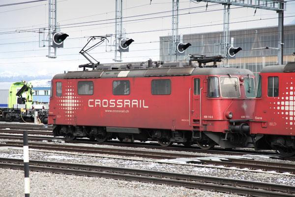 """Crossrail Re 436 115-0 """"Ivon"""", Frutigen (25.11.2013) ©pannerrail.com"""