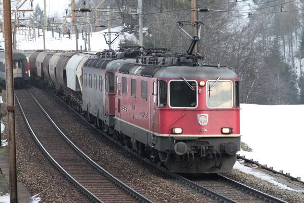 Re 4/4, 11334, Intschi (28.02.2013) ©pannerrail.com