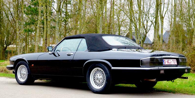 jaguar xjs cabrio snelle klassieke jaguar oldtimers te koop. Black Bedroom Furniture Sets. Home Design Ideas