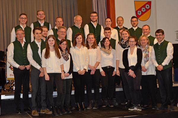 Neujahrskonzert 2020 - Gruppenfoto der Stadtkapelle; Foto: Manfred Arbesmeier