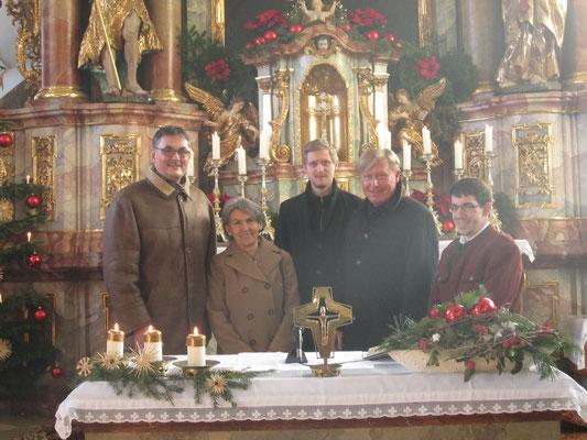 Spendenübergabe vom Adventskonzert