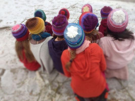 4. Klasse: Mütze stricken