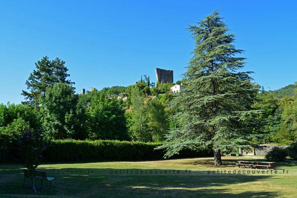 Le cœur historique de Bourdeaux,  la viale - Drôme