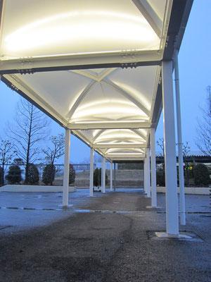 2011' 神奈川大学平塚キャンパス歩廊改修 -KANAGAWA-  (Architect:ディコーズ)