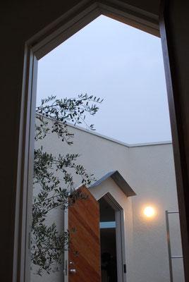 2010'  作家の家  -某所-    (Architect:ファロ・デザイン)