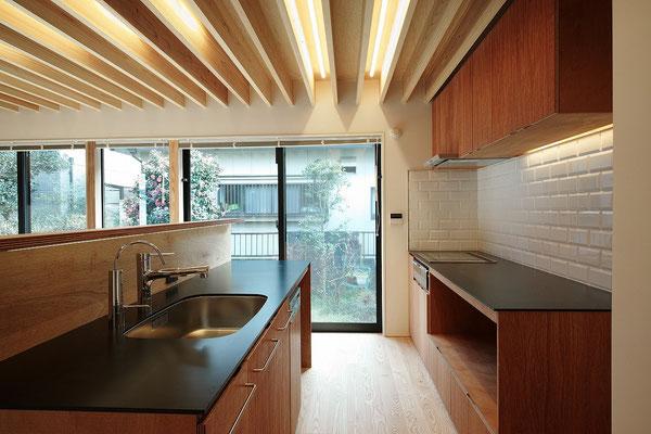 2016'  I邸 -CHIBA-   (Architect:フィールド・デザイン・アーキテクツ) 撮影:西川公朗