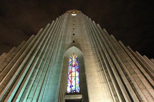 FOTO-Chiesa - Reykjavik centro - Canon 650D - Obbiettivo canon 10-22 Iso 100