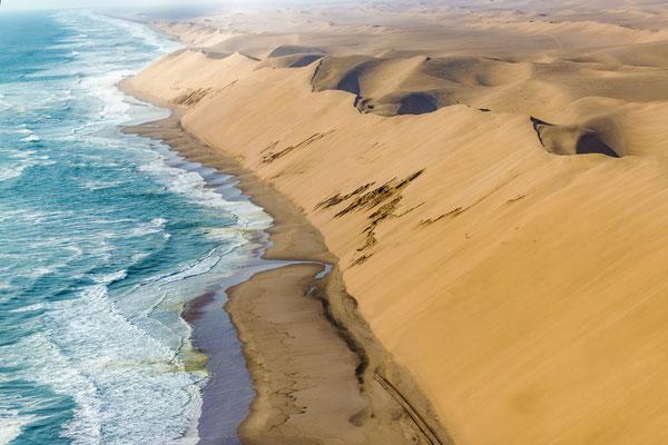 Место, где дюны встречаются с океаном